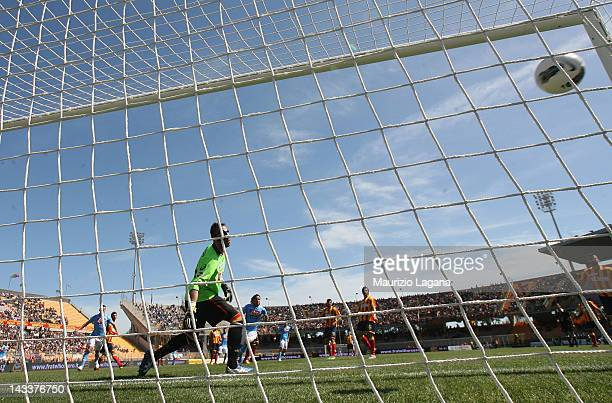 Marek Hamsik of Napoli scores his team's opening goal during the Serie A match between US Lecce and SSC Napoli at Stadio Via del Mare on April 25...