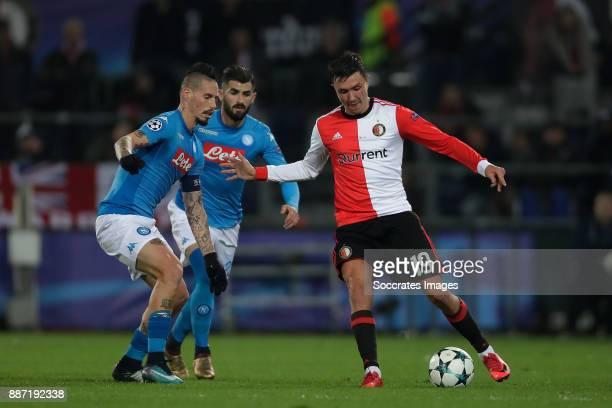Marek Hamsik of Napoli Steven Berghuis of Feyenoord during the UEFA Champions League match between Feyenoord v Napoli at the Feyenoord Stadium on...