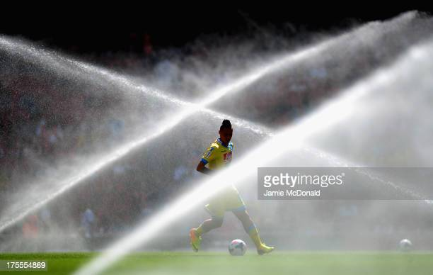 Marek Hamsik of Napoli warms up during the Emirates Cup match between Napoli and FC Porto at the Emirates Stadium on August 4 2013 in London England