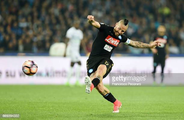 Marek Hamsik of SSC Napoli in action during the Serie A match between SSC Napoli and Udinese Calcio at Stadio San Paolo on April 15 2017 in Naples...