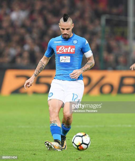 Marek Hamsik of SSC Napoli in action during the Serie A match between Genoa CFC and SSC Napoli at Stadio Luigi Ferraris on October 25 2017 in Genoa...