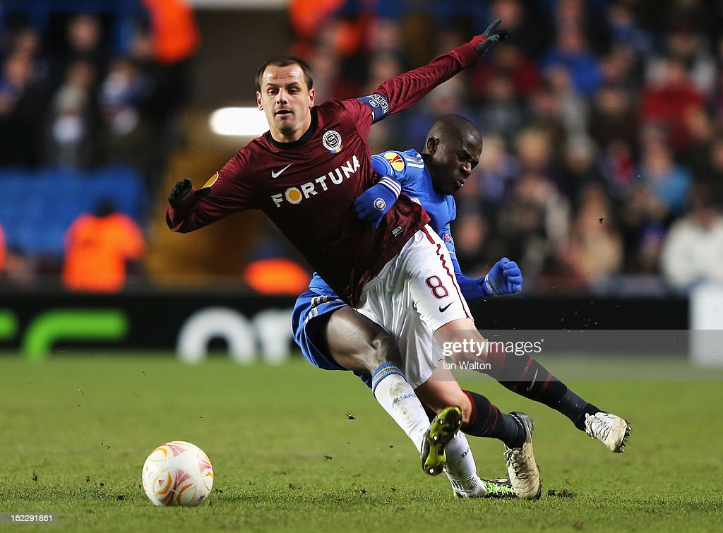Marek Matejovsky of Sparta Praha is challenged by Ramires of Chelsea during the UEFA Europa League Round of 32 second leg match between Chelsea and Sparta Praha at Stamford Bridge on February 21, 2013 in London, England.