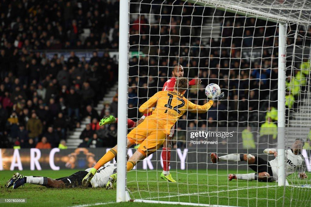Derby County v Fulham - Sky Bet Championship : News Photo