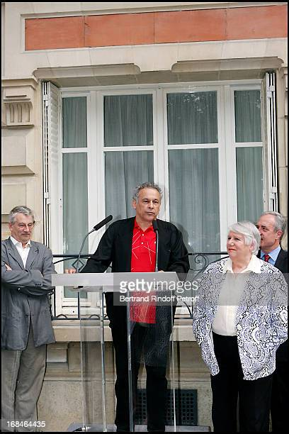 Marel Bezonnet Francis Perrin Francoise Seigner and Jean Tiberi at Commemorative Plaque Tribute To Louis Seigner