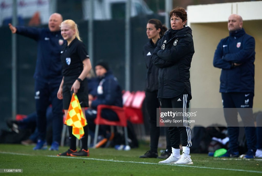 Germany U19 Women's v Norway U19 Women's - La Manga Cup : Photo d'actualité