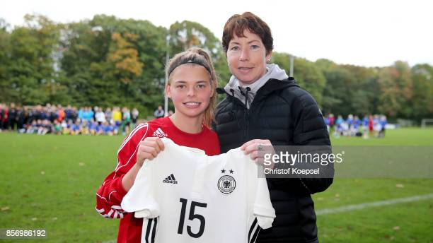 Maren Meinert sports administration honours the best playerLea Schneider of Hersse during the U18 Girl's Federal Cup at Sport School Wedau on October...