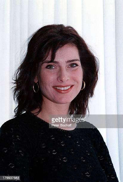 Maren Schumacher Schauspielerin Porträtgeb 28 Oktober 1963 SternzeichenSkorpion Zwei allein ZDFWeihnachtsserie