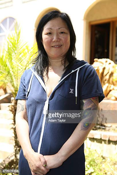 SWAP Margaret Cho/Holly Robinson Peete Standup comedienne Margaret Cho and actress Holly Robinson Peete are featured on Celebrity Wife Swap WEDNESDAY...