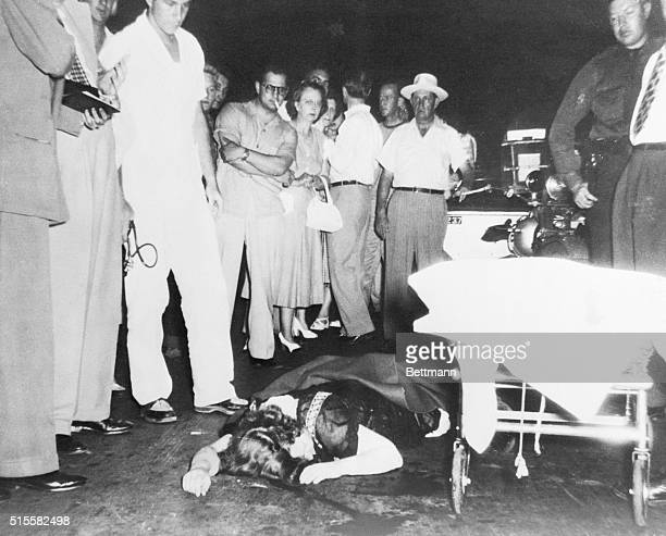 Margaret Mitchell author of the modern classic Gone With the Wind lies hurt on the paving of Peachtree Street in Atlanta a street made famous in her...
