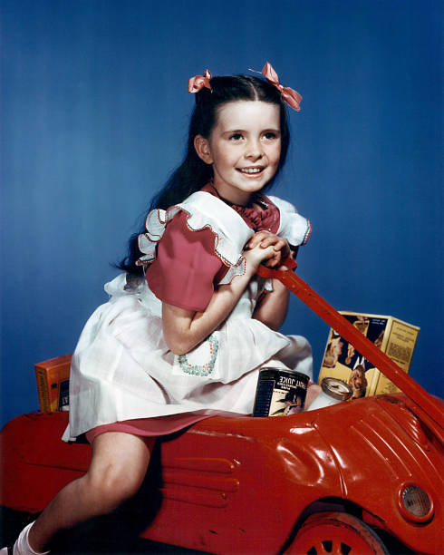 margaret-obrien-us-child-actress-wearing