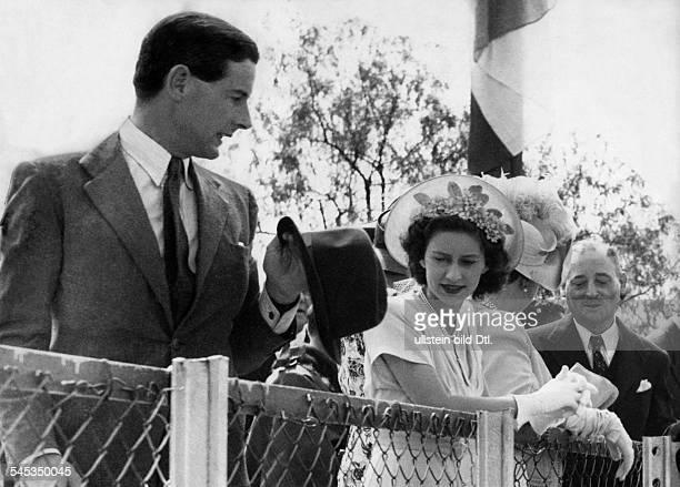 Margaret Rose Prinzessin *Graefin von Snowdon GBSchwester von Queen Elizabeth II mit Captain Peter Townsend in ueüdafrika 1955