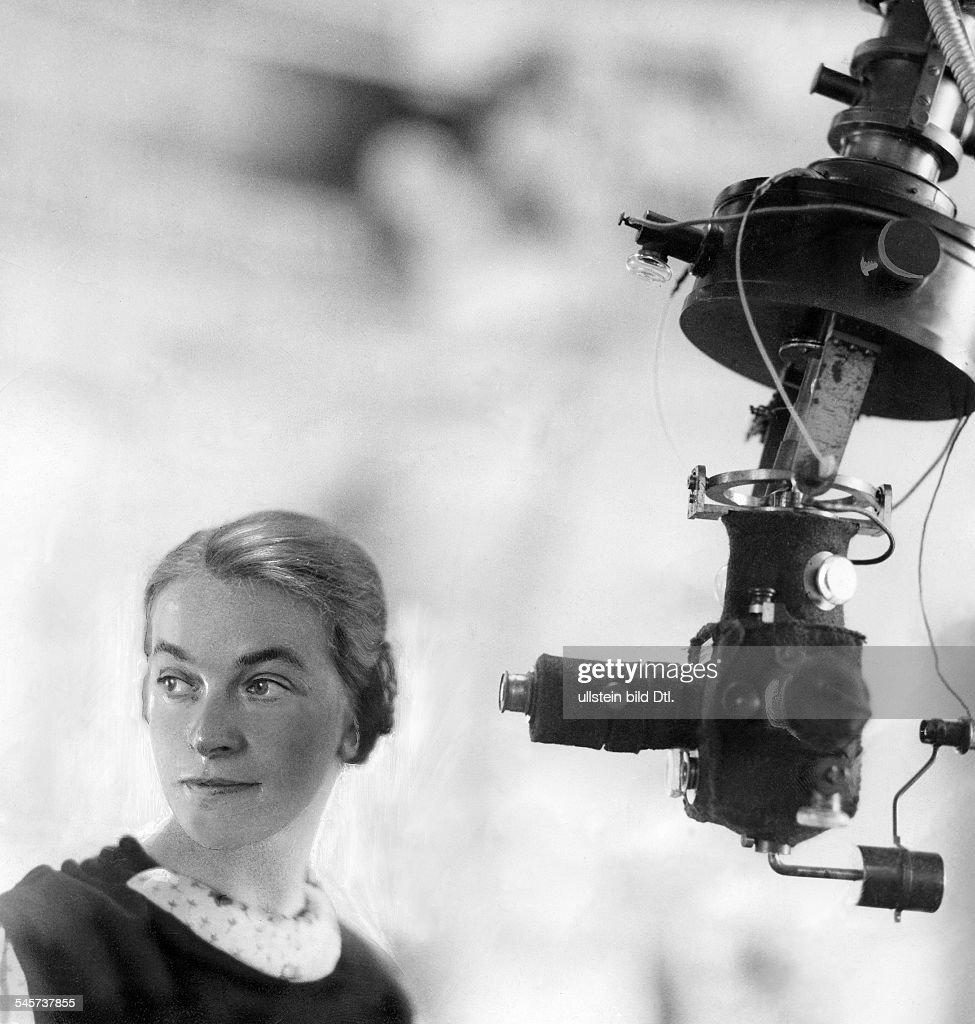 Margarete Güssow, Astronomin, D - um 1933 : News Photo