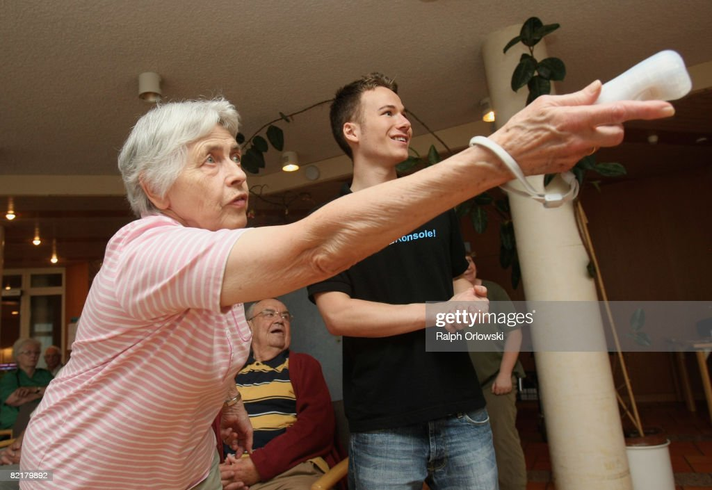 Nintendo WII For Seniors Championship : News Photo