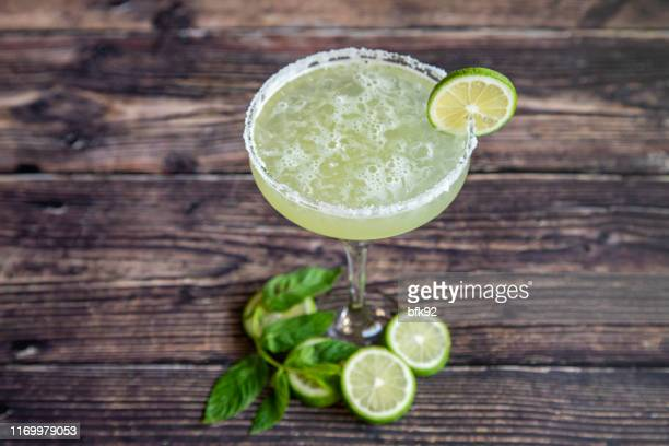 margarita cocktail - margarita drink stock photos and pictures