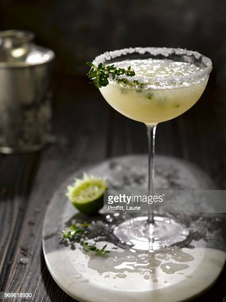a margarita with crushed ice - margarita drink stock photos and pictures