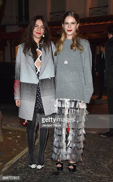 Margherita Missoni and Eugenie Niarchos arrive at the Gianbattista Valli fashion show Paris Fashion Week Haute Coture Spring /Summer 2016 on January...