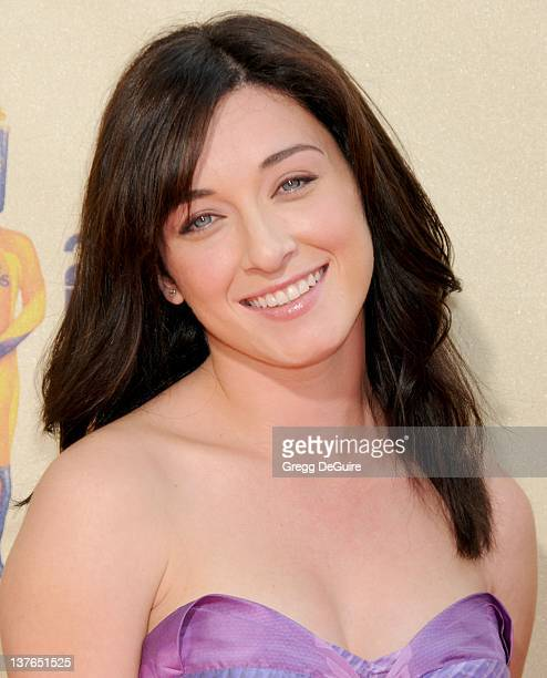 Margo Harshman arrives for the 2009 MTV Movie Awards at the Gibson Amphitheater in Universal City, California on May 31, 2009.