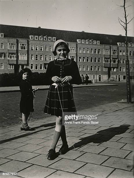 Margot Frank , elder sister of Anne Frank, and Sanne Ledermann , a friend of Anne's at Merwedeplein, Amsterdam, 1935.