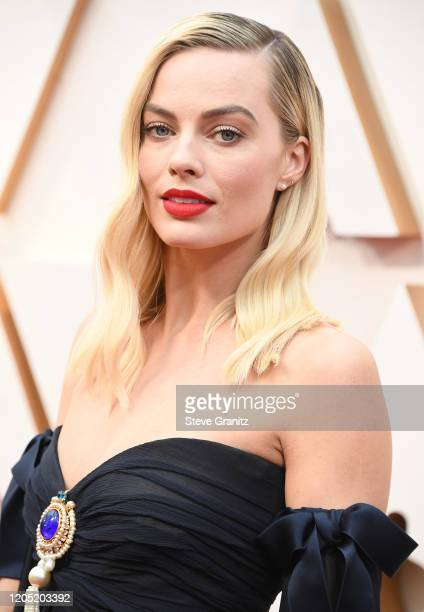 Margot Robbie arrives at the 92nd Annual Academy Awards at Hollywood and Highland on February 09, 2020 in Hollywood, California.