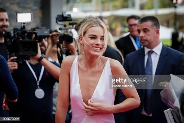 Margot Robbie arrives at the Australian Premiere of I Tonya on January 23 2018 in Sydney Australia