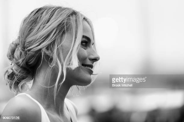 Margot Robbie arrives at the Australian Premiere of I Tonya on January 23 2018 in Sydney Australia