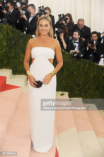 """Margot Robbie attends """"Manus x Machina: Fashion In An Age Of Technology"""" Costume Institute Gala at"""