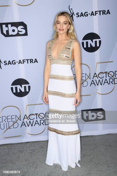 Margot Robbie attends the 25th Annual Screen ActorsGuild Awards at The Shrine Auditorium on January 27 2019 in Los Angeles California 480695