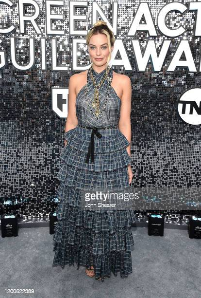 Margot Robbie attends the 26th Annual Screen Actors Guild Awards at The Shrine Auditorium on January 19, 2020 in Los Angeles, California.