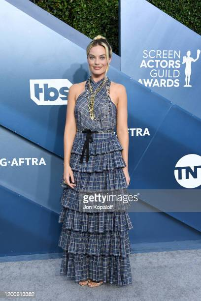 Margot Robbie attends the 26th Annual Screen Actors Guild Awards at The Shrine Auditorium on January 19 2020 in Los Angeles California