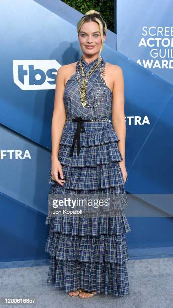 Margot Robbie attends the 26th Annual Screen ActorsGuild Awards at The Shrine Auditorium on January 19, 2020 in Los Angeles, California.