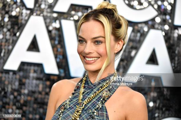 Margot Robbie attends the 26th Annual Screen Actors Guild Awards at The Shrine Auditorium on January 19, 2020 in Los Angeles, California. 721313