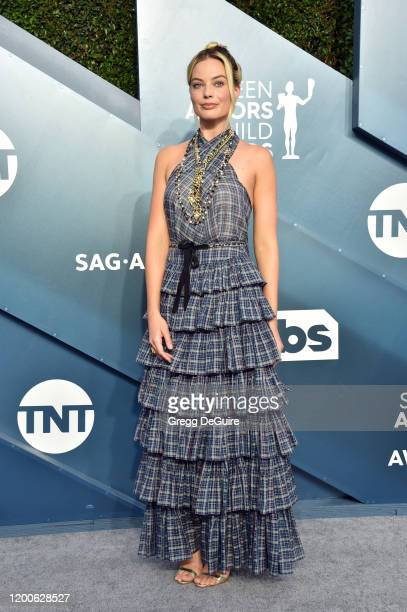 Margot Robbie attends the 26th Annual Screen Actors Guild Awards at The Shrine Auditorium on January 19 2020 in Los Angeles California 721430