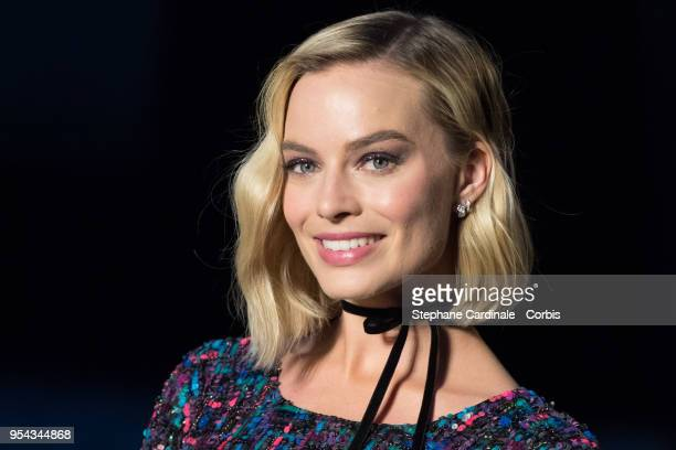 Margot Robbie attends the Chanel Cruise 2018/2019 Collection at Le Grand Palais on May 3, 2018 in Paris, France.