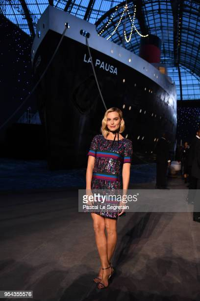 Margot Robbie attends the Chanel Cruise 2018/2019 Collection at Le Grand Palais on May 3 2018 in Paris France