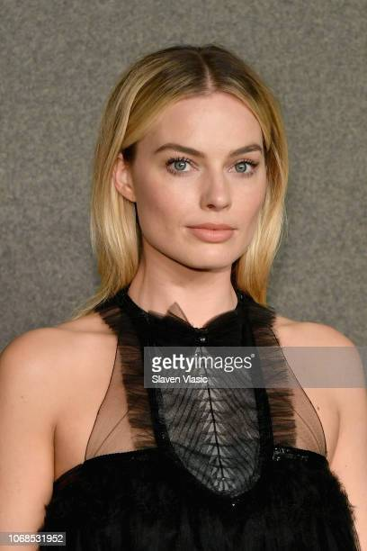Margot Robbie attends the CHANEL Metiers d'Art 2018/19 Show at The Metropolitan Museum of Art on December 4 2018 in New York City