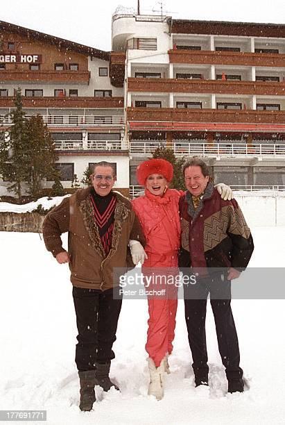 Margot Werner Ehemann Jochen Litt Schwager Jürgen Litt Hotel Berwanger Hof Berwangen Tirol sterreich Europa Europa Schnee Winter Mütze Pelzmütze...