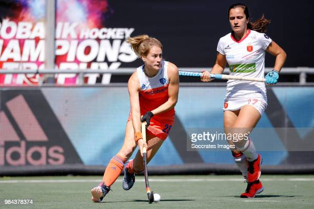 Margot Zuidhof of Holland Women Lola Riera of Spain Women during the Rabobank 4Nations trophy match between Holland v Spain at the Hockeyclub Breda...