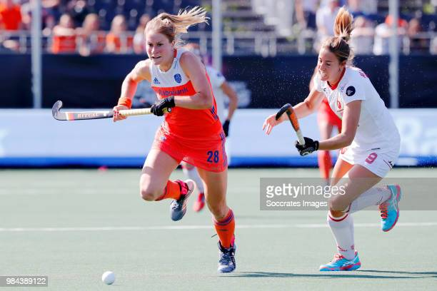Margot Zuidhof of Holland Women Maria Lopez of Spain Women during the Rabobank 4Nations trophy match between Holland v Spain at the Hockeyclub Breda...