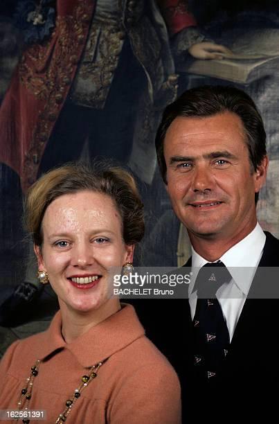 Margrethe And Henrik Of Denmark At Fredensborg Castle Au Danemark au château de Fredensborg en octobre 1978 portrait de la Reine Margrethe II DE...