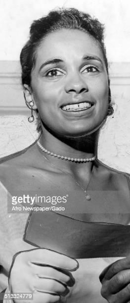 Marguerite Belafonte receiving an award August 27 1960