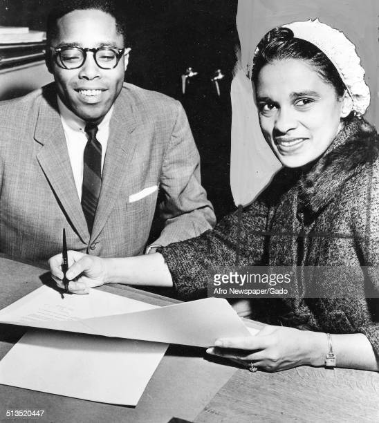 Marguerite Belafonte signing a contract February 10 1959