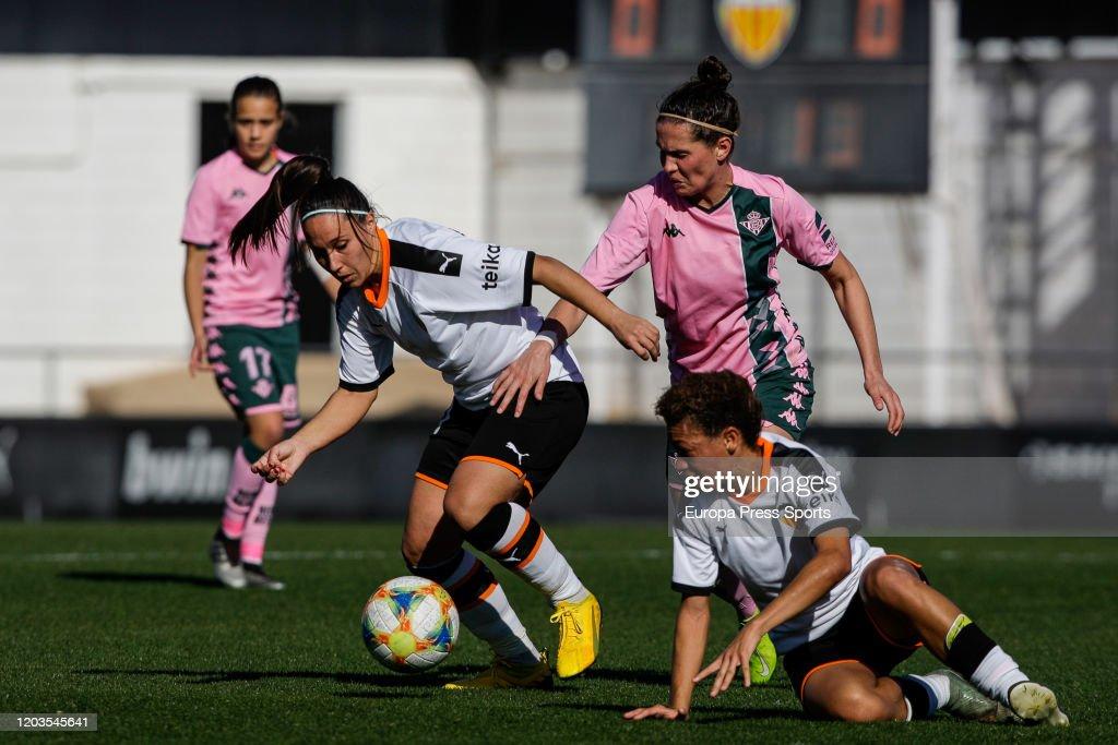 Women: Valencia Femenino V Real Betis Balompie : News Photo