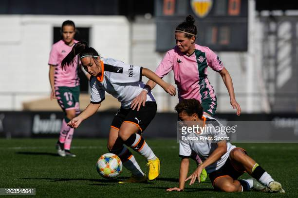 Mari Paz Vila of of VAlencia CF in action during the Spanish League Primera Iberdrola women football match played between Valencia CF Femenino and...