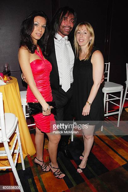 Maria Aronova Rodolfo Valentin and Rebecca Silver attend CHERI KAUFMAN and friends celebrate Summer In The City at Le Cirque NYC on June 23 2008 in...