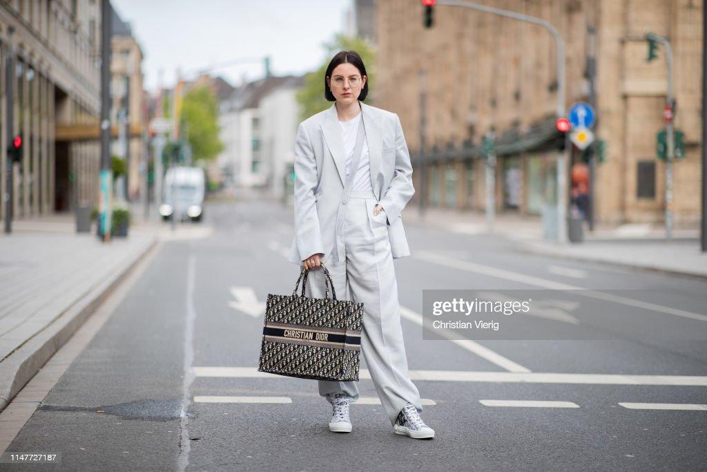 Street Style - Duesseldorf - May 05, 2019 : ニュース写真