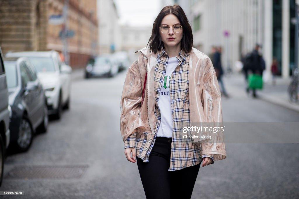 Street Style - Berlin - March 27, 2018 : Photo d'actualité