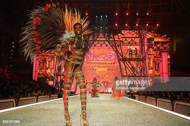 Maria Borges walks the runway during the 2016 Victoria's Secret Fashion Show on November 30 2016 in Paris France