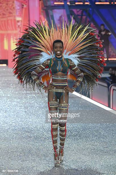 Maria Borges walks the runway during the Victoria's Secret Fashion Show on November 30 2016 in Paris France