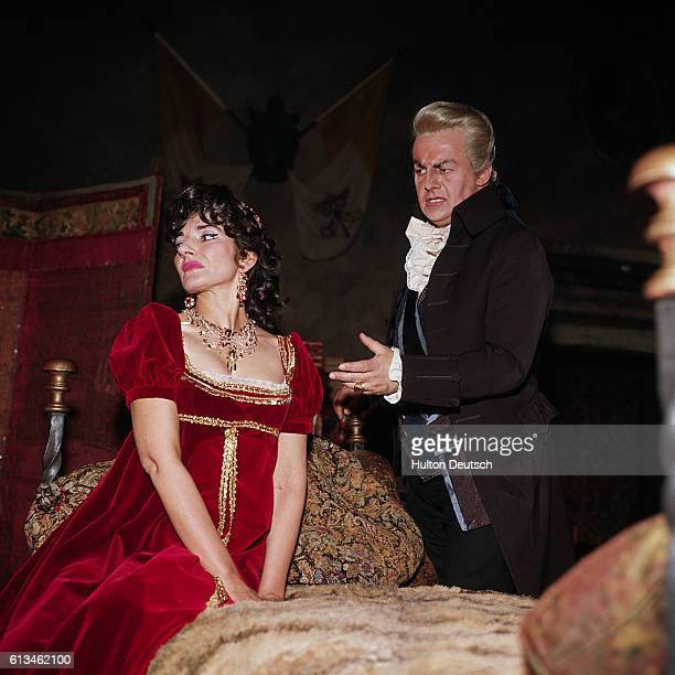Maria Callas and Tito Gobbi in Act II of Zeffirelli's production of Tosca
