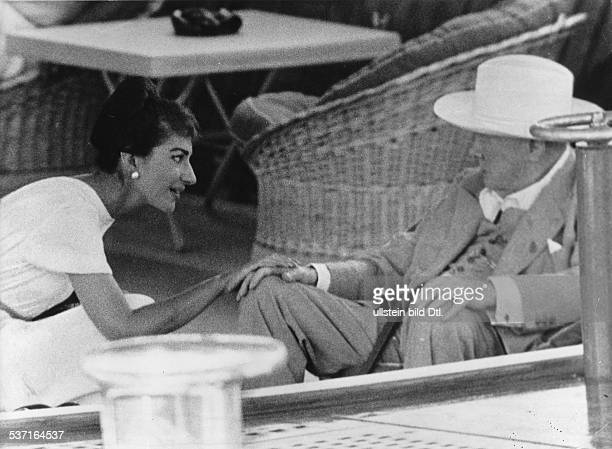 Maria Callas Sängerin Sopran USA / Griechenland mit Winston Churchill auf der Onassis Yacht 'Christina' Juli 1959